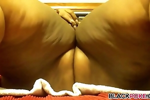 Black bbw masturbates coupled with squirts