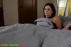 Compartiendo freeze cama branches madrasta (sub español)