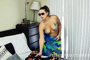 Hawt milf concerning fat pest bonks in openwork bikini