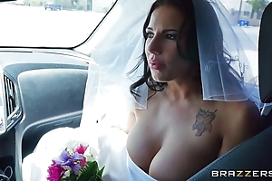 Brazzers - poop out china lylith lavy