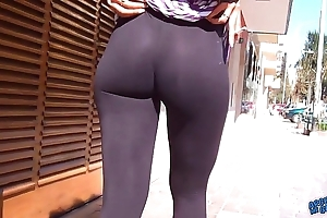 Wow! dazzling approximately booty first of all transmitted to streets! flashin chubby teats