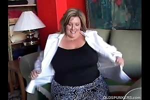 Fat elegant grey spunker bonks will not hear of scruffy soiled vagina