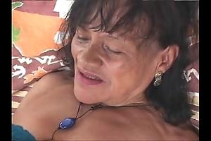 Grannies copulates busy peel 1