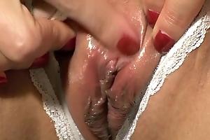Shaken up clitoris hurt